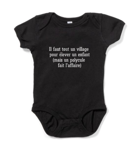 Il faut tout un village pour élever un enfant, mais un polycule fait l'affaire.